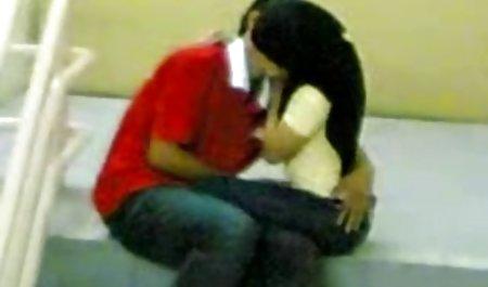 યુવાન લેસ્બિયન્સ હેરી ભોટ માણસ sensually licked પોર્ન લેસ્બિયન્સ ઘૂંટણ માં